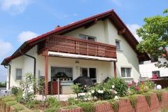 großes Ein-Zweifamilienhaus bei Erfurt